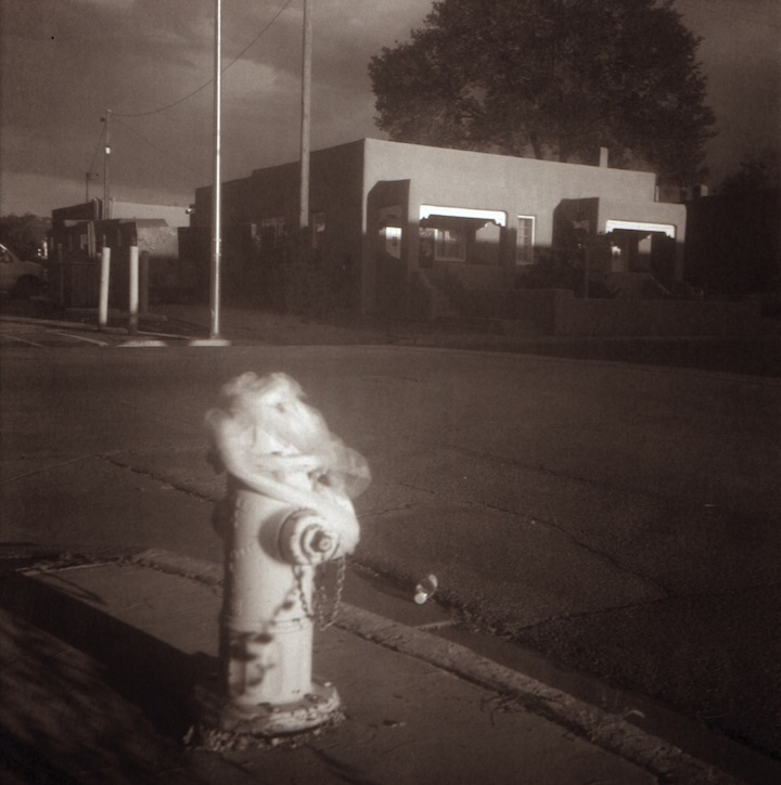 Hydrant with veil - f7.7 @ 1/25