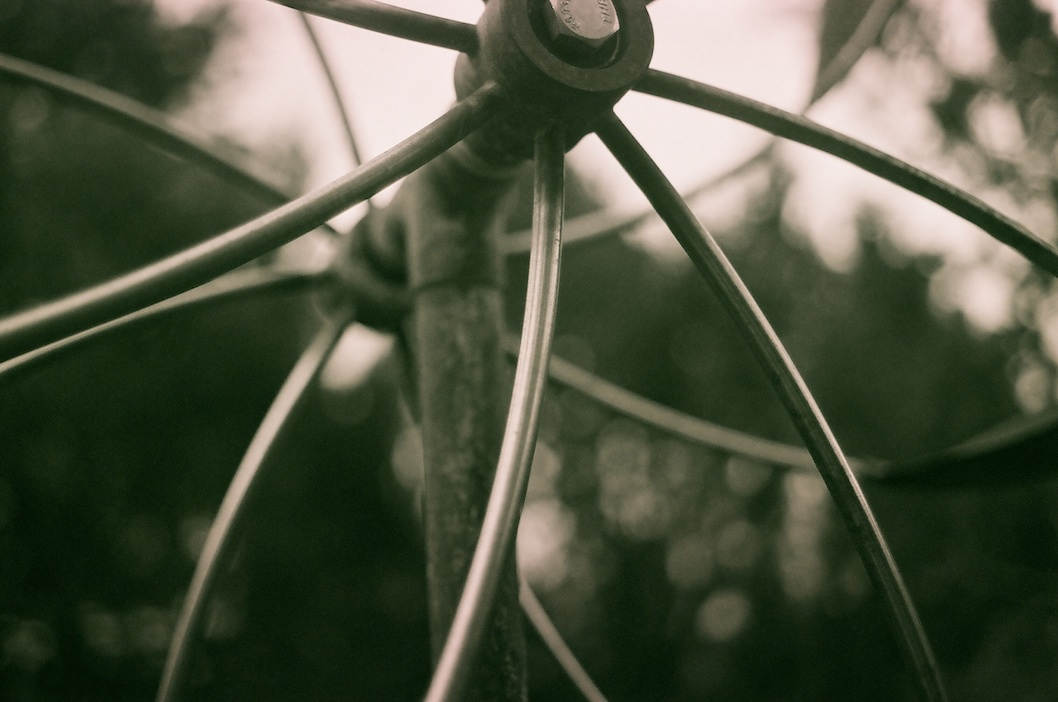 Close up of my friend's kinetic sculpture.  35mm at f/2.8.  1/1000-ish.
