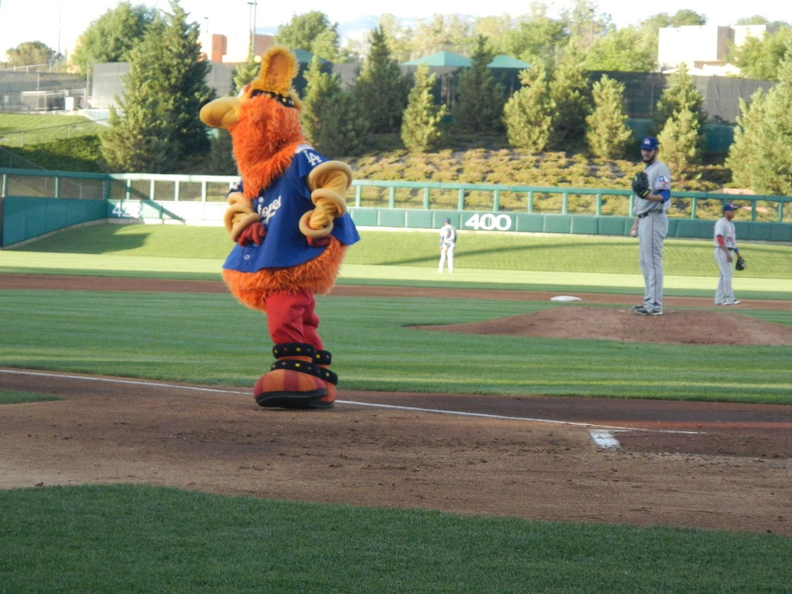22 June 2013 -- The Albuquerque Isotopes' mascot, Orbit. ISO 400, f/4.8 at  1/250.