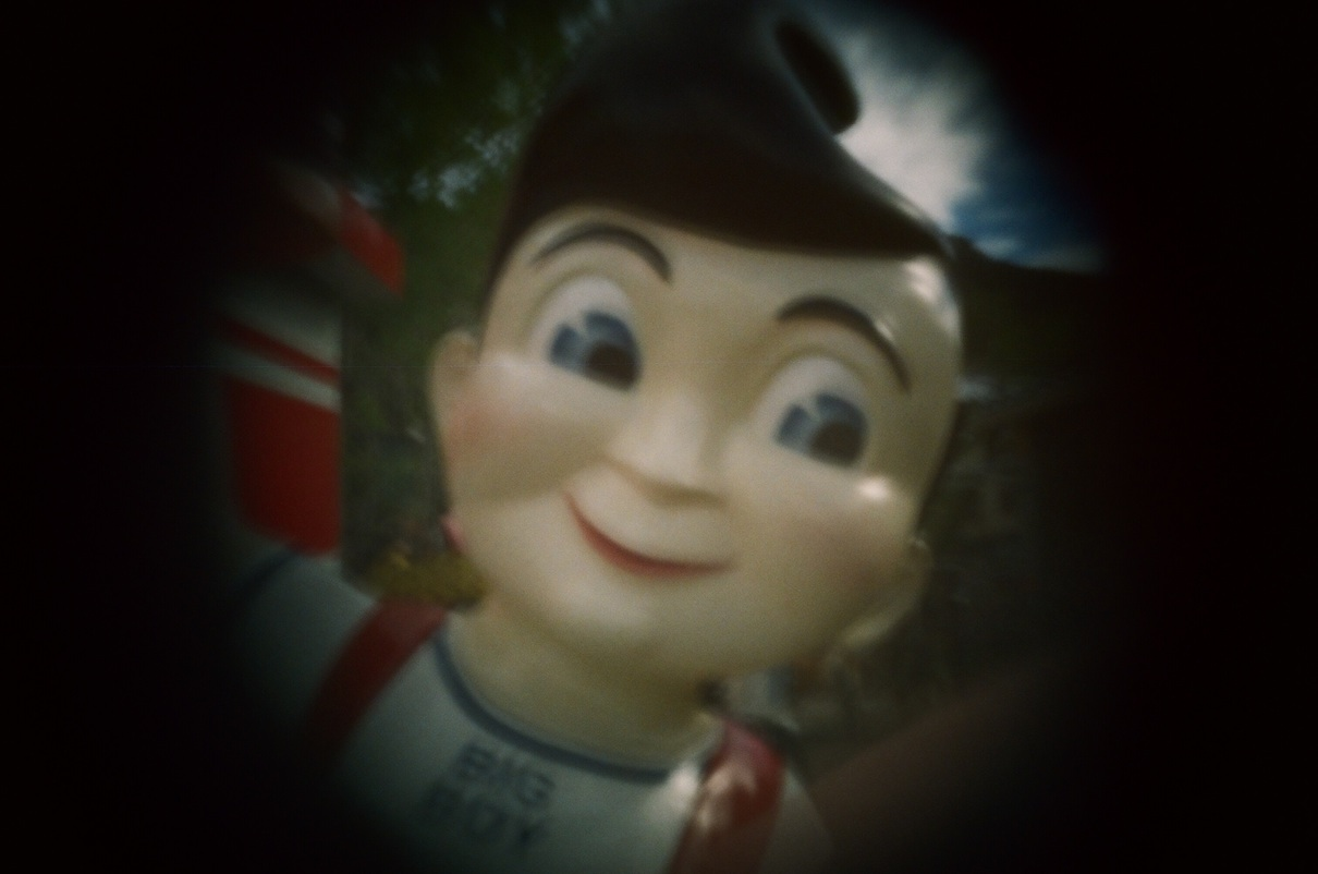 Long before I was a veg, I loved the patty melt at Vip's Big Boy in Santa Fe.  Big Boy is a little creepy.