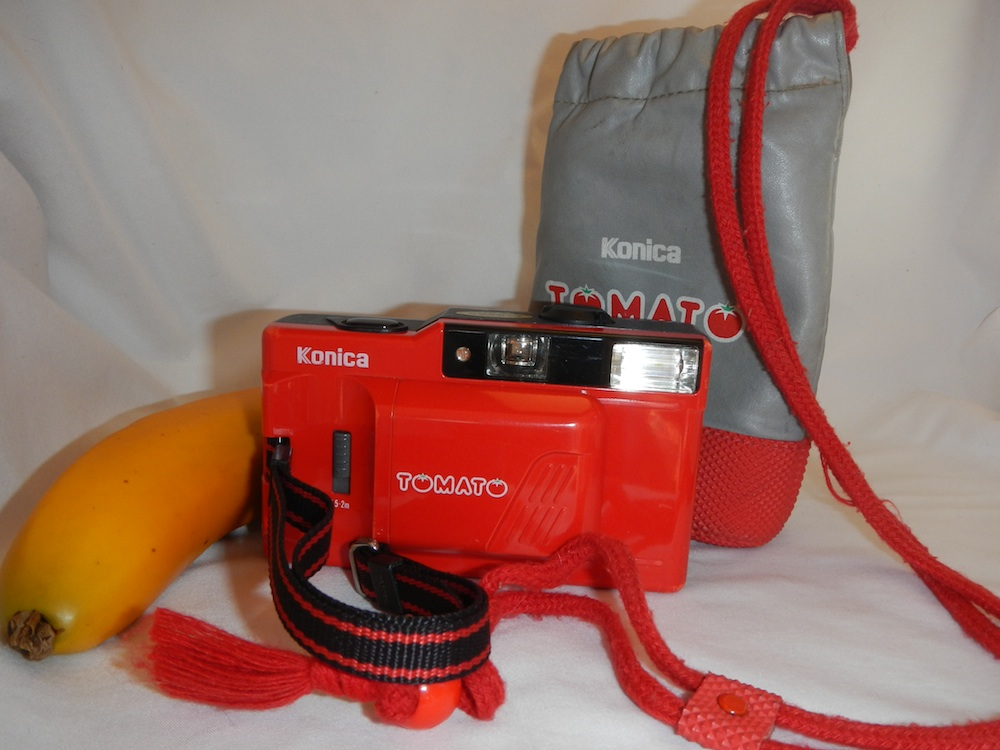 Nice kit -- original strap and bag.
