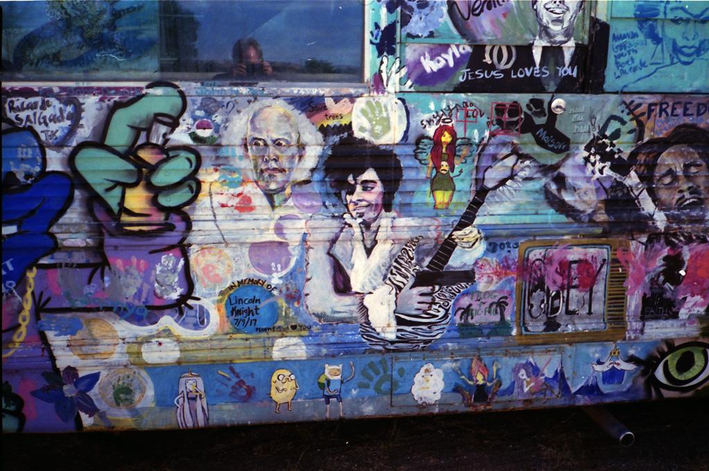 Bus detail.
